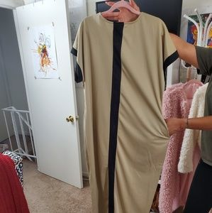 Dresses - NWOT Black stripe Maxi dress